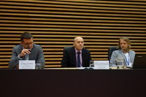 13. Zástupci MV ČR představující aktuální otázky rozvoje veřejné správy