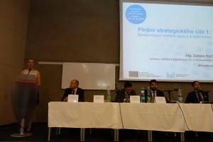 27 Zuzana Růžičková, vedoucí oddělení koordinace veřejné správy a mezinárodních vztahů MV představuje plnění strategického cíle 1